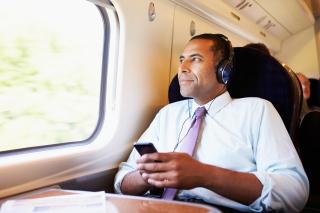 Listenr train